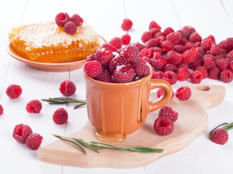 Prirodni namaz od meda i maline