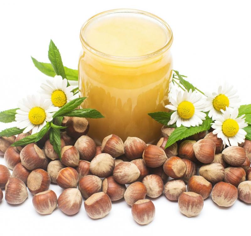 Prirodni namaz od meda i lešnika