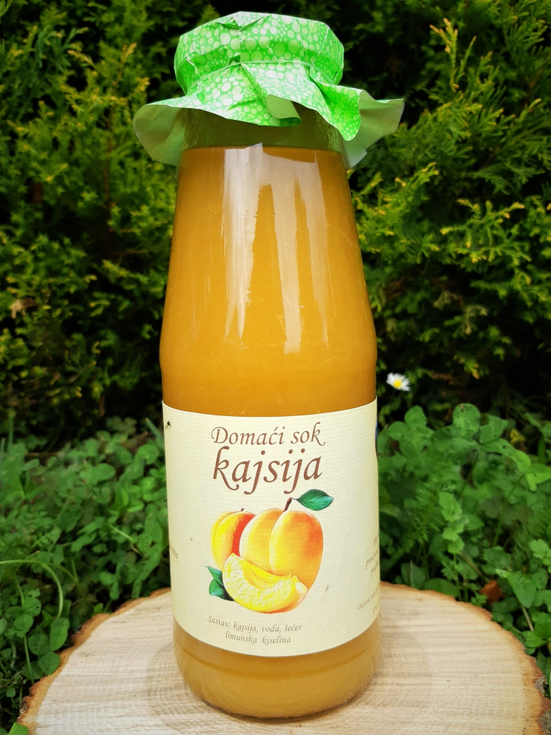 Prirodni sok od kajsije
