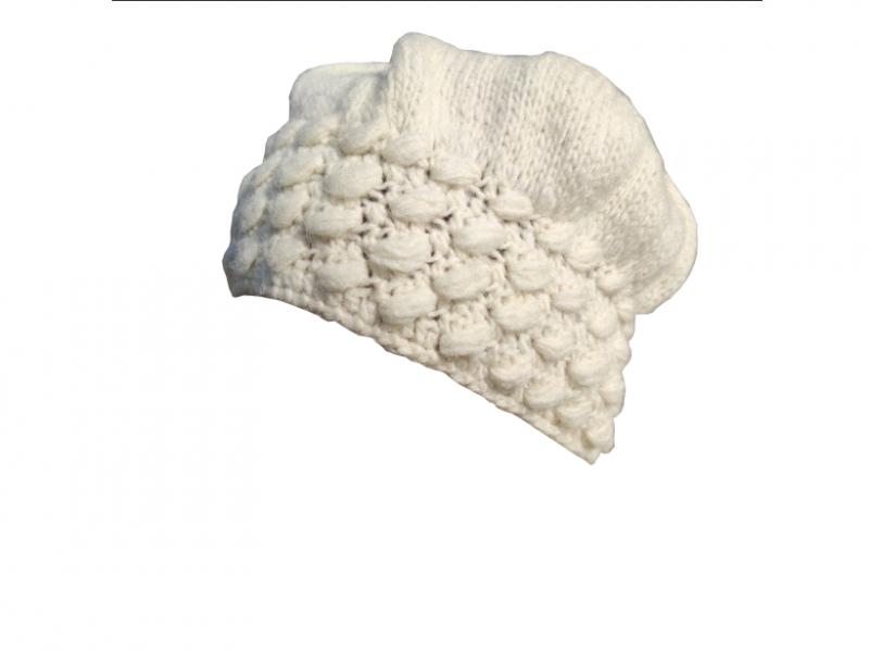 Vunena ženska kapa sa radom