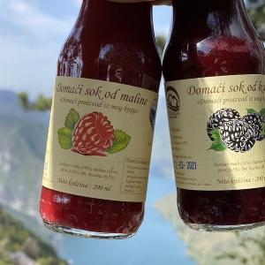 Prirodni sok od maline